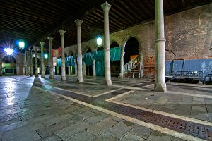 Venice by night 036.jpg