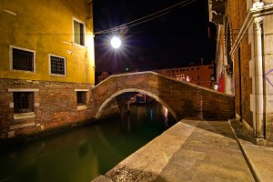 Venice by night 039.jpg