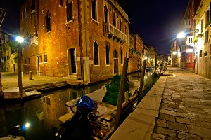 Venice by night 058.jpg