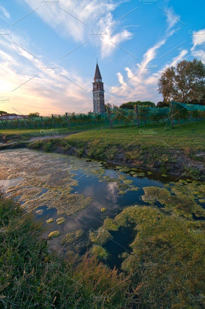 Venice Burano 150.jpg - Architecture