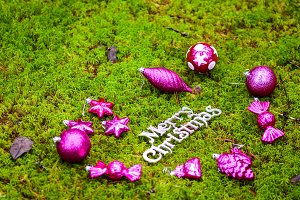 Merry Christmas baubles green moss