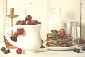 Mixed berries and pancakes