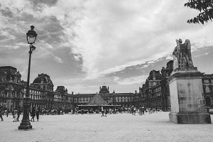 Outside the Louvre Black and White