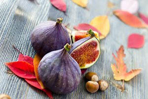 Figs fruits and autumn leaves