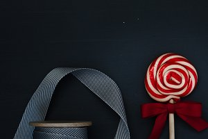 Dark Ribbon & Candy Cane Pop