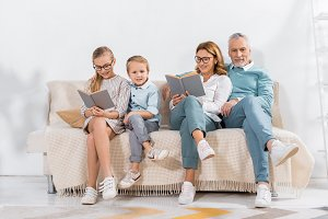 grandchildren and grandparents readi