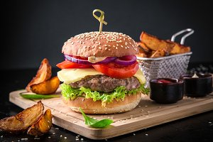 Fresh tasty burger with beef cutlet