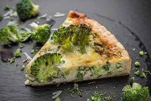 Vegetable quiche with broccoli