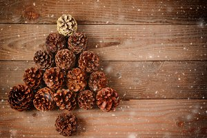 Pine Cone Christmas Tree Snow Effect
