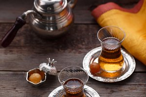 Traditional turkish teapot and cups