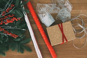 Christmas gift wrapping tools