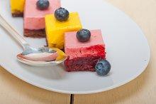 strawberry and mango mousse dessert cake 001.jpg