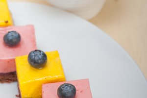 strawberry and mango mousse dessert cake 004.jpg
