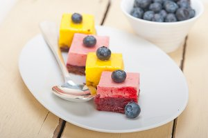 strawberry and mango mousse dessert cake 009.jpg