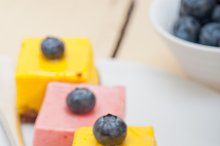 strawberry and mango mousse dessert cake 012.jpg