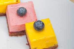 strawberry and mango mousse dessert cake 030.jpg