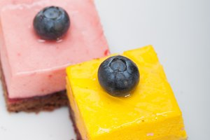 strawberry and mango mousse dessert cake 031.jpg