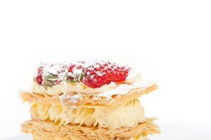 napoleon strawberry cream cake dessert 002.jpg
