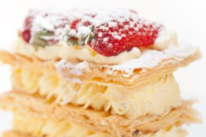 napoleon strawberry cream cake dessert 001.jpg