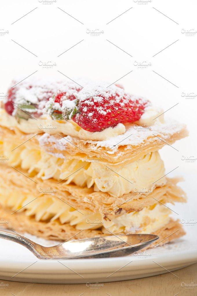 napoleon strawberry cream cake dessert 005.jpg - Food & Drink