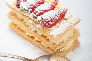 napoleon strawberry cream cake dessert 007.jpg