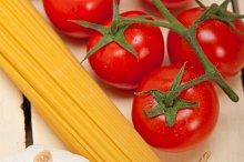 Italian simple tomato pasta ingredients 028.jpg