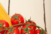 Italian simple tomato pasta ingredients 043.jpg