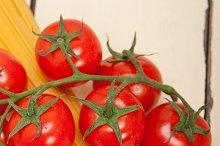 Italian simple tomato pasta ingredients 044.jpg