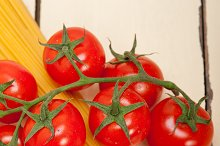 Italian simple tomato pasta ingredients 056.jpg