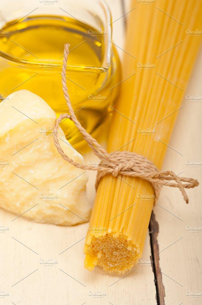 Italian food foundamentals ingredients 047.jpg - Food & Drink