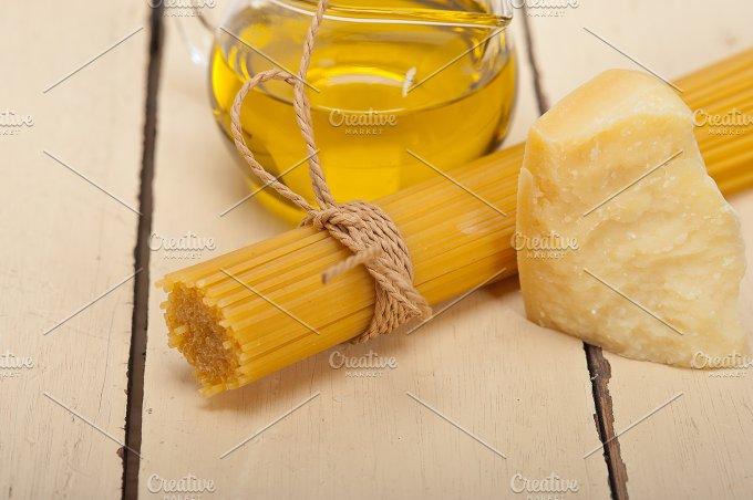 Italian food foundamentals ingredients 055.jpg - Food & Drink