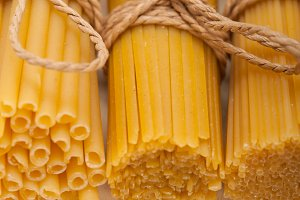 Italian raw pasta 017.jpg