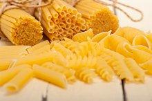 Italian raw pasta 057.jpg