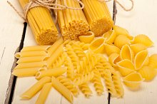 Italian raw pasta 059.jpg