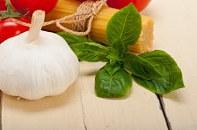 Italian tomato and basil pasta ingredients 026.jpg