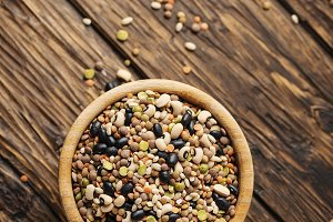 Mix of raw legumes