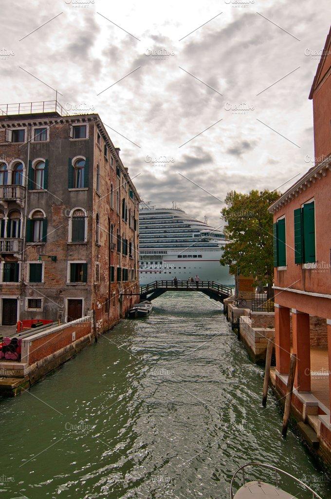 Venice 562.jpg - Holidays