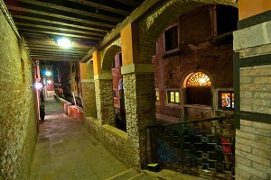 Venice by night 018.jpg