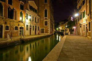 Venice by night 044.jpg