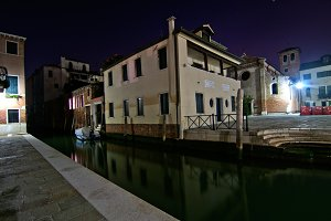 Venice by night 072.jpg