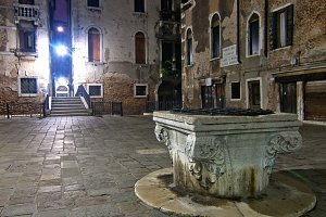 Venice by night 080.jpg