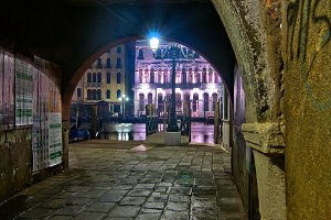 Venice by night 090.jpg