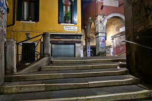 Venice by night 093.jpg