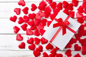 Red hearts and gift box