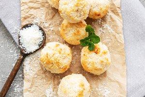 Sweet coconut cookies