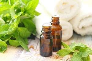 Essential aroma oil with mint