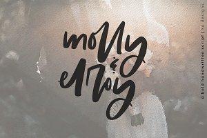 Molly & Elroy - Bold Script Font