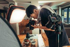 Photographer making vlog on food