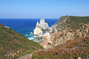 Cape Cabo da Roca. The rocks, simila