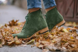 green shoes girl